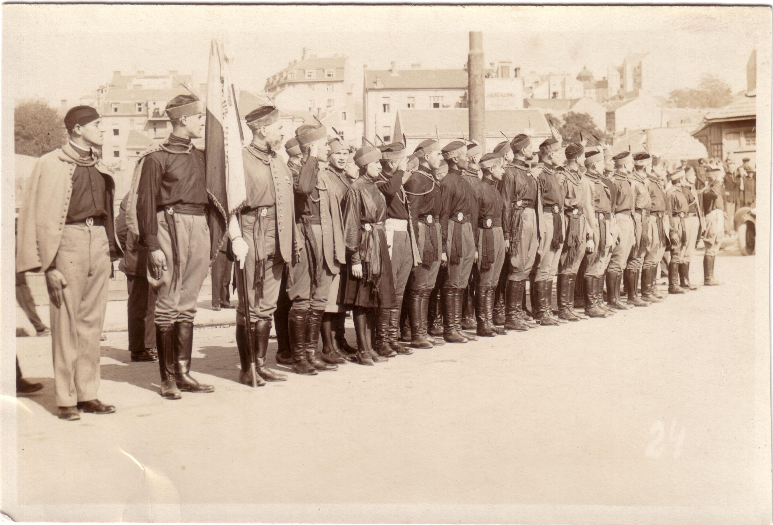 Похороны Врангеля в Белграде 1929 (А.А.Зоц второй слево)