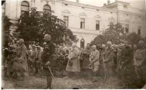 Генерал Гамбета у ослобођеном Зајечару 1918