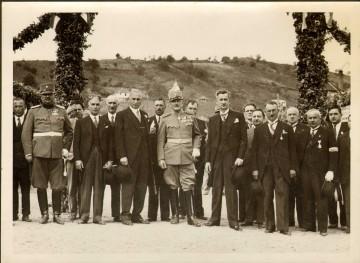 08-Kralj-Aleksandar-Karadjordjevic-na-trkalistu-1933