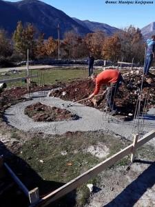 На месту које се зове Липовачки бријег у селу Крушевице код Љубиња почела је градња храма посвећена Светом Јоаникију