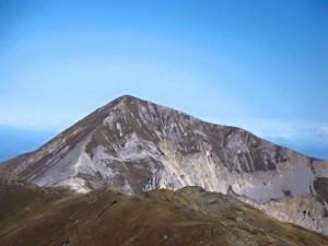 Љуботен (Један од највиших врхова Шар-планине висине 2.498 метара)