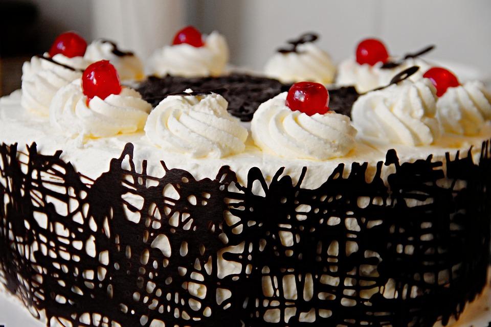 cake-3163117_960_720