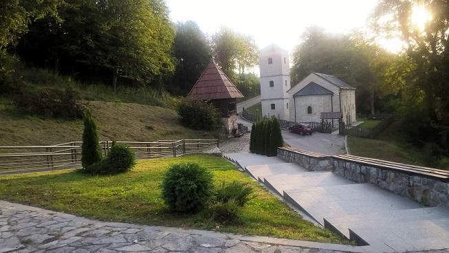 crkva s postamenta milosu