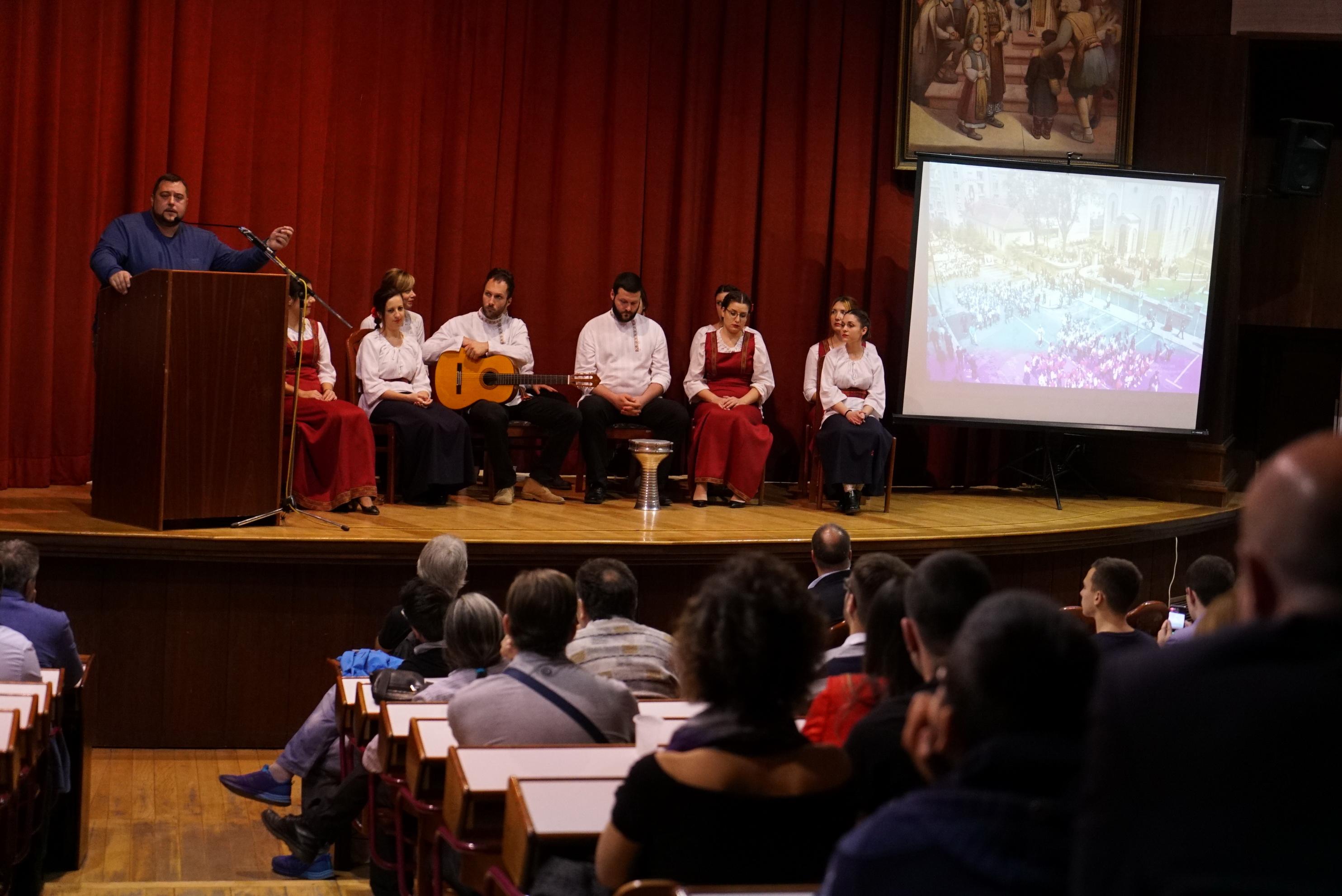 ПР Удружења Света Србија Душан Стикић представио је ово удружење